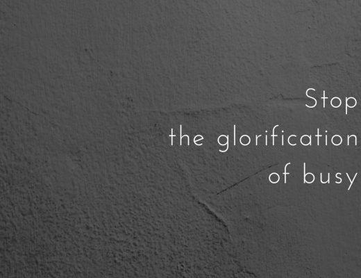 Przestańmy gloryfikować bycie zajętym.